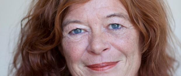 Ally Derks ontvangt Pioneer Award van the International Documentary Association